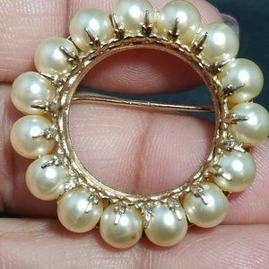Vintage Napier Brooch Pearl with Gold Tone